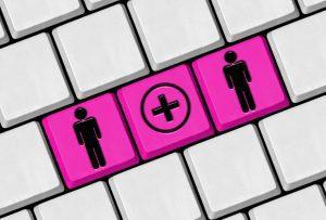 Online wedding trends: keybord with bride and groom keys